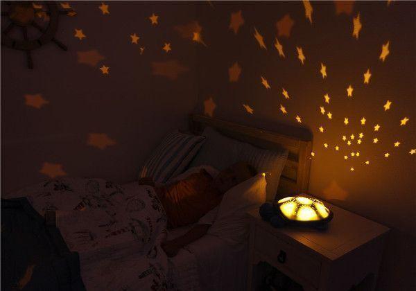 proyector-tortuga-twilight-noche-cloudb-moca-cositasdebebes
